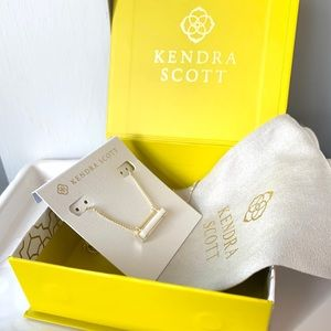 NWT Kendra Scott 14k gold mother of pearl pendant